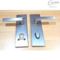 סט ידיות ורוזטות לדלת כניסה רב בריח / פלדלת בעיצוב מודרני עם קווים ישרים